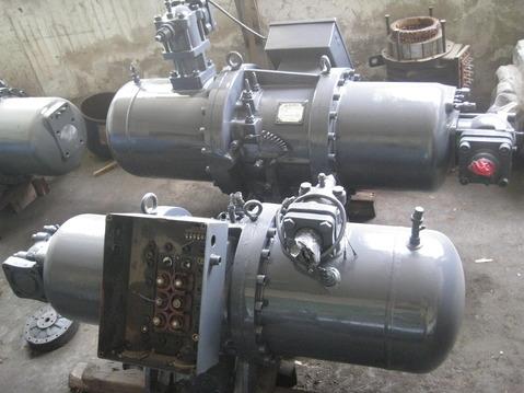 莱富康螺杆压缩机维修(抱轴)